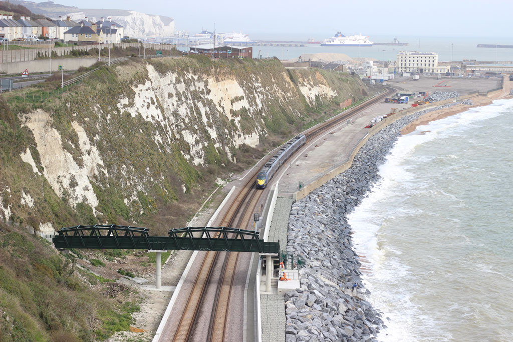 [Main]-PSC9826-Dover-Sea-Wall-Footbridge-(112)